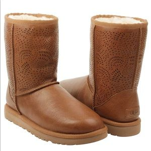 Women's UGG Triana Seaweed Perforated Boots
